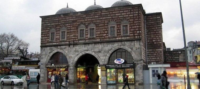 Египетский базар в Стамбуле, Турция