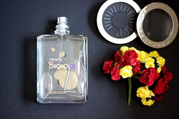 Про парфюм «Молекула»: почему он так цепляет и правда ли, что все его слышат по-разному?