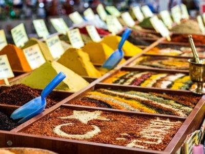 Что самое красивое и ароматное на турецком рынке?