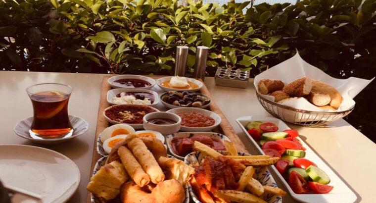 Завтрак-локации в Стамбуле.
