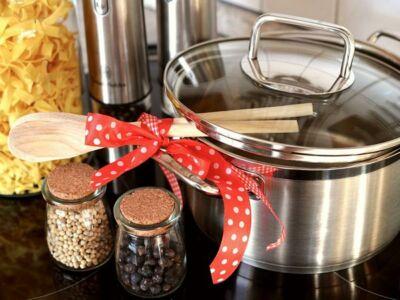 Мы с Вами всё готовим и готовим, а знаем ли, как называются предметы кухонной утвари на турецком?