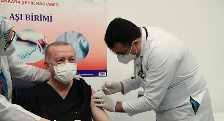 Президент Турции сделал вакцину от Ковид-19