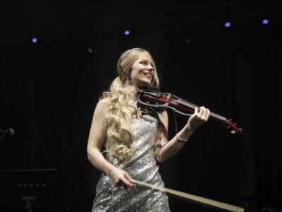Уроки скрипки и фортепиано от профессионального артиста.