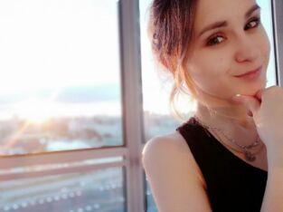 Русская девушка. Ищу работу в Стамбуле